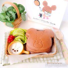 Homemade  chocolate pancakes - Jackie the Bear Bento! Pancake recipe is on my blog   今日パンケーキを作りました。美味しかったです♡可愛いジャッキーキャラクターですね♡レシピはブログに投稿しました。よろしくお願いします。 #littlemissbento