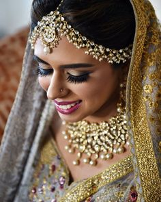A mathapatti can prove to be the highlight of your bridal jewellery. Save some mathapatti and bridal necklace designs from here. #mathapatti #mathapattidesigns #bridaljewellery #indianbrides #pakstanibides #pakistanibridaloutfit #bridalnecklace #bridalmakeup #bridalwear #trendinglehenga #sabyasachijewellery #sabyasachilehenga #indianweddings #anitadongrelehenga #jewellery #earringsdesigns #nathdesigns #ringdesigns #mathapattisouthindian #mathapattiheadpiece #mathapattigold…