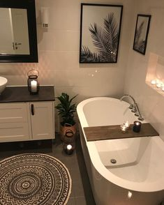 Beige Bathroom, Beach Bathrooms, T Home, Cozy Place, Bath Decor, Bathroom Cabinets, Corner Bathtub, My Dream Home, Custom Homes