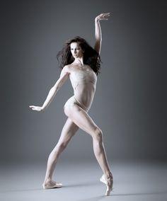Polina Semionova © Richard A. Polina Semionova, Ballet Photos, Dance Photos, Dance Pictures, Ballet Photography, Modern Photography, Ballerina Dancing, Ballet Dancers, Svetlana Zakharova