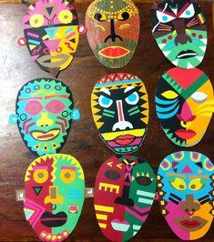Resultado de imagen de MASCARAS AFRICANAS Mascara can be a cosmetic commonly utilized improve the ey African Art For Kids, African Art Projects, African Theme, African Masks, Arte Elemental, Africa Craft, 7 Arts, Art Du Monde, Arte Tribal