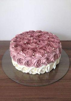 New cake designs birthday simple ideas Vanilla Layer Cake Recipe, Easy Vanilla Frosting, Layer Cake Recipes, Homemade Frosting, Vanilla Cake, Buttercream Icing, Easy Cake Decorating, Birthday Cake Decorating, Cake Decorating Techniques