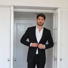 #Nickbateman Suited up in @milliondollarcollar  Stay tuned for exclusive updates