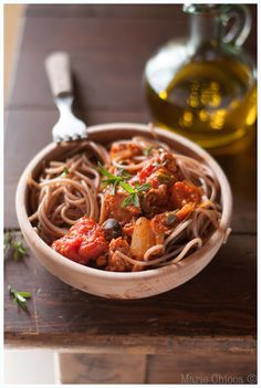 """Spaghettis d'épeautre et bolognaise """"maison"""" au thon blanc (+ 15 autres recettes de cure Cabot pour régénérer son foie !  )"""