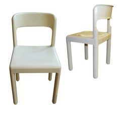 4 chaises Design Vintage de Carlo Hauner pour Elco vous attendent en ce moment à la Salle des Ventes du Particulier, pour seulement 150€ !