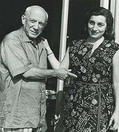 Pablo Picasso - Photos - With Jacqueline Roque, 1960-s