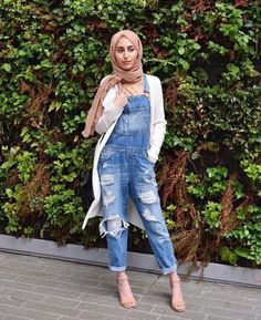 ripped denim jumpsuit with hijab- Trendy hijab outfits http://www.justtrendygirls.com/trendy-hijab-outfits/