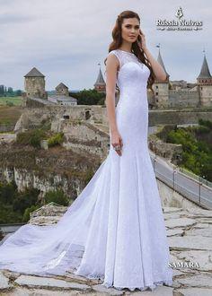 SAMARA: Cada detalhe do modelo foi elaborado para valorizar as qualidades únicas que as noivas possuem dentro de si. Para saber mais, acesse: www.russianoivas.com #vestidodenoiva #vestidosdenoiva #weddingdress #weddingdresses #brides #bride