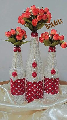 Discover thousands of images about DIY Holiday Projects Wine Bottle Vases, Glass Bottle Crafts, Painted Wine Bottles, Diy Bottle, Painted Wine Glasses, Glass Bottles, Decorated Bottles, Jar Crafts, Diy And Crafts