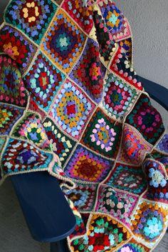 Ravelry: knitlich's Scrap Granny blanket (7 rows)