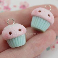 Cotton Candy Cupcake Silver Eyepin Polymer Clay por AmazinCraftss