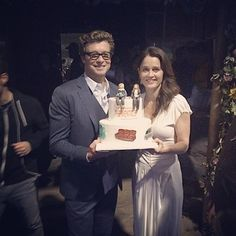 celestinewlove: ROBIN TUNNEY AND SIMON BAKER GOT OUR CAKE LADIES!!!!!