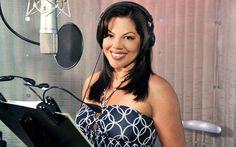 Bônus , #SaraRamirez em um dia de dublagem , nos estúdios da Disney .