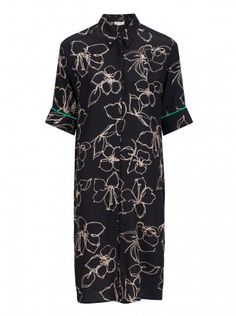 Gorgeous black flower print dress with green detail on the sleeves by Dutch sustainable fashion brand Alchemist