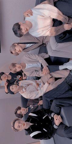 Bts Group Picture, Bts Group Photos, Foto Bts, Bts Jungkook, Hyuna Photoshoot, Kpop, Seokjin, Namjoon, Les Bts