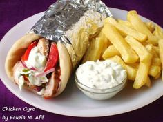 These are Greek wraps made up of tender marinated chicken and fresh lettuce, tomatoes and onions all wrapped in a warm pita bread and topped of with some creamy tzatziki sauce. They are easy to prepare and taste outstanding!