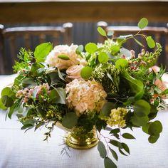 vintage gold and peach centerpiece - www.bellacalla.com - Bella Calla - Denver Vail Aspen Florist