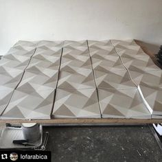 #Repost @lofarabica: Day two in the books and wow these tiles are blowing my mind  Thank you @hardgoodsco @conservatoryofcraft for sharing your skills with the world. I've met very few people as talented as my buddy Brandon Gore! Keep bringing it @hardgoodsco!!!  // #concretetile #concretedesign #originaldesign #conservatoryofcraft #hardgoods #goredesignco #diyconcrete #walltile #wallcladding #maker #makers #makersmovement #tileaddiction #tiledesign #3dtiles by hardgoodsco