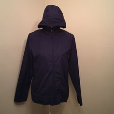 Nike windbreaker/running jacket In great condition. Unlined with mesh in the back and in the hood. Women's size S (4-6). Nike Jackets & Coats