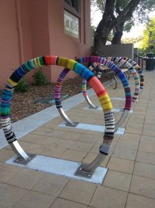 yarnbombing from streetcolor