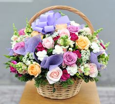 What is the Flower Basket for the Matchmaking Parliament? Round Chandelier, Glass Chandelier, Flower Background Wallpaper, Flower Backgrounds, Cute Baby Girl Images, Happy Birthday Flower, How To Wrap Flowers, Wedding Matches, Cellphone Wallpaper