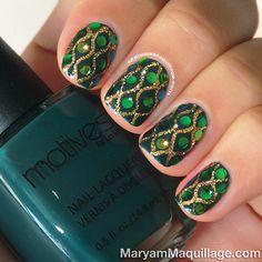 """Nice! """"Dazzling Anaconda"""" #nails"""