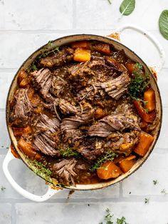 Best Dutch Oven, Dutch Oven Recipes, Beef Recipes, Cooking Recipes, Healthy Recipes, Dutch Oven Meals, Dutch Oven Chili Recipe, Dutch Oven Pot Roast, Cooking Tips