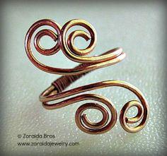 Tutorial how to make ring. http://artzjewelry.wordpress.com/2012/07/03/easy-adjustable-spiral-ring-tutorial/