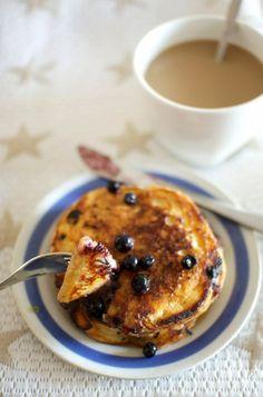 Blueberry pancakes eli mustikkapannukakut