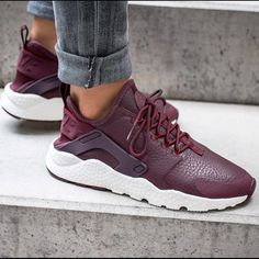 low priced a857b be5f0 Maroon nike shoes.
