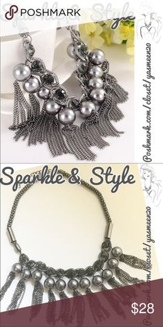 ✨Elegant necklace✨ Hot gunmetal tone beaded necklace with metal tassels. Great look!! Jewelry Necklaces
