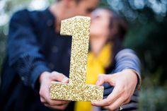 ♥♥♥ Bodas de papel: Como comemorar o primeiro aniversário de casamento Dez sugestões deliciosas para os casais que estão comemorando bodas de papel, primeiro aniversário de casamento. Anote algumas e curta com o seu amor! http://www.casareumbarato.com.br/10-ideias-para-comemorar-o-primeiro-aniversario-de-casamento-bodas-de-papel/