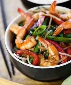 Fragrant shrimp and vegetable stir-fry