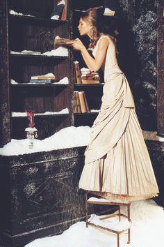 """natalia vodianova in """"ice queen"""" by ellen von unwerth for vogue italia november 2002"""