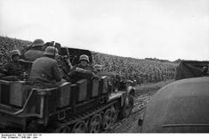 SdKfz 10/4 vehicle with a mounted 2 cm FlaK 30 anti-aircraft gun, France, May 1940. (German Federal Archive: Bild 101I-055-1551-14)