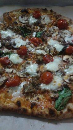 I may make the best pizza in Atlanta. #pizza #food #foodporn #yummy #love #dinner #salsa #recipe