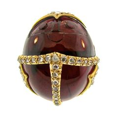1stdibs.com | Victorian Egyptian Revival Scarab Garnet Diamond Ring