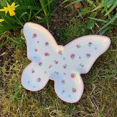 Porcelaine - Butterfly Butterfly, Gifts, Dekoration, Fabrics, Schmuck, Presents, Favors, Butterflies, Gift