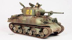 Yang Yu Pei M4A1(76)w (1/48 HOBBY BOSS)