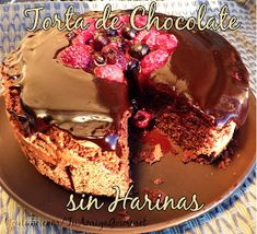 Receta: Pastel de Chocolate con Almendras sin harinas Pudding, Desserts, Food, Flourless Chocolate Cakes, Chocolate Cobbler, Yummy Cakes, Almonds, Recipes, Tailgate Desserts
