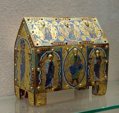 Reliquary with Christ in majesty and saints; Limoges, France, late 12th century