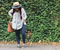 Grid Print Top + Boater Hat
