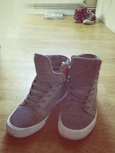 Supras <3.. the sexiest of mens shoes.