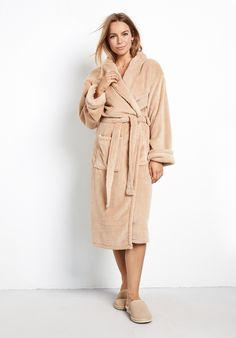 Buy Dressing Gown from Hush: Cosy and soft dressing gown. With a tie rope belt, two front pockets and made in microfiber.