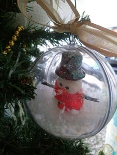 Essa teve a miniayura de boneco de neve feita de biscuit. Natal branco