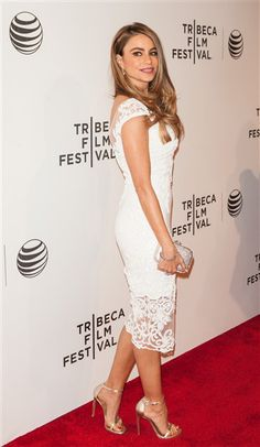 Sofia Vergara looked sexy in an all-white ensemble at the 2014 Tribeca Film Festival.