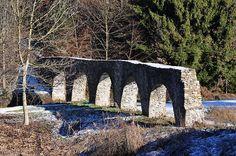 Alte Brücke wurde in Österreich, Villach aufgenommen und hat folgende Stichwörter: Brücke,  Österreich,  Kärnten.