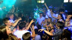 Dance on the tables to your fav tune at Cheeky Monkeys, Byron Bay. Bay News, Byron Bay, South Wales, Monkeys, Tables, Culture, Dance, Concert, Places