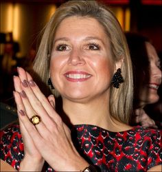 Royal Engagement Rings, Dutch Royalty, Royal Jewelry, Jewellery, Three Daughters, Queen Maxima, Big Earrings, Her Style, Style Icons