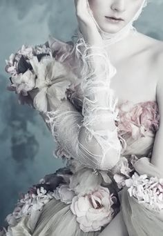 "Editorial Detail ""Opulenz a la Marie Antoinette"" by Luigi & lango, Vogue Germany, April 2014 Fashion Art, Editorial Fashion, New Fashion, Trendy Fashion, Fashion Design, Editorial Magazine, Dark Fashion, Dress Fashion, Marie Antoinette"